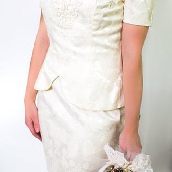 Vintage 1980's Jessica McClintock Wedding Dress, Off The Shoulder, Off-White, Perfect Condition, Ready to Wear