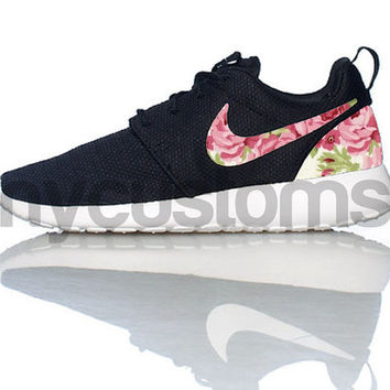 bc4af74a6ebd Free Shipping -- Nike Roshe Run Black White Rose Garden Batch Fl