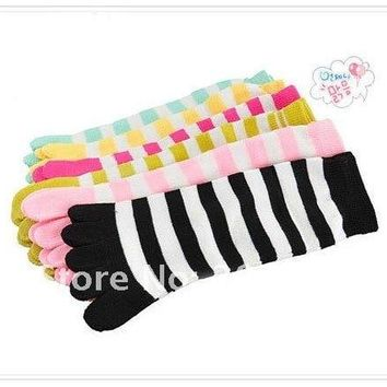 6pairs/lot Christmas Day Gift  Separate Toe Women 5 Fingers toes candy color Striped Cute cotton stripe separate toes socks