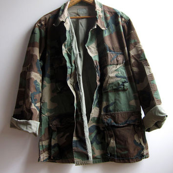 Vintage Military Grunge Camouflage Camo Jacket Shirt Hunting Faded Distressed Medium