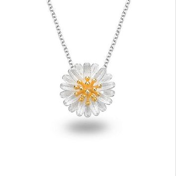Women's Fashion Sterling 925 Silver Plated Flower Necklace Clavicle Chain New Daisy Pendant Cute Chain Jewelry Daisy Necklace Su