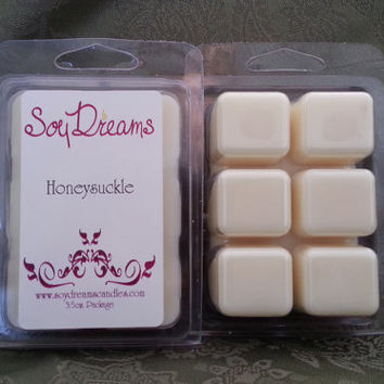 Honeysuckle Soy Tart Melts - Scented Wax Melts - All Natural Soy - Wedding Favor - Flower Scented - White Wax Tarts - Candle Melts