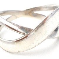 Sterling Silver Crossover Ring Size 8 Vintage