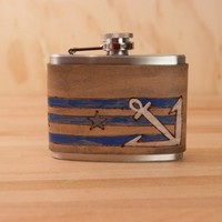 4oz Flask - Stu pattern with anchor and stars - gray, white, blue and antique black