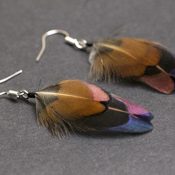 Cruelty free feathers earrings: Pheasant earrings Iridescent green Boho Chic jewelry Tribal earrings Bohemian earrings Real feathers Hippie