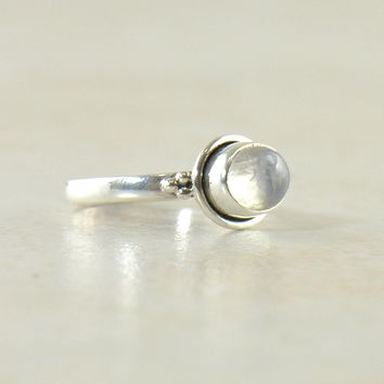 Pixie East West Ring in Sterling Silver - Gemstones