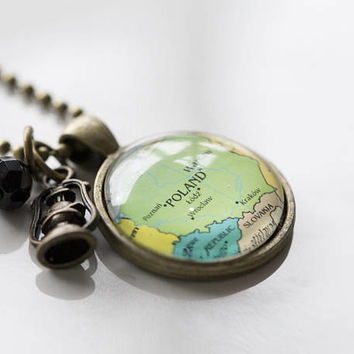 Map of Poland Necklace - Map Pendant Necklace - Custom Jewelry - Travel Jewelry - Warsaw Europe Polish Jewelry Missions Gift for Women Charm