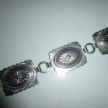 Womens Vintage Fiesta Silver Toned Concho Chain Belt