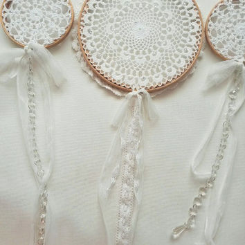 Large dream catcher, sun catcher, wedding dreamcatcher, crystal, glitter, white dreamcatcher, doily dreamcatcher, 7