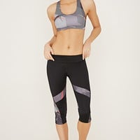 Active Abstract Capri Leggings | Forever 21 - 2000185880