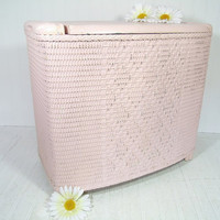 Vintage Chippy Pale Pink Painted Wicker & Wood Clothes Hamper - Shabby Chic Storage Bin and Bench with Solid Wood Lid and Heavy Wicker Body