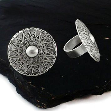 Mandala ring - tribal design - Shield Ring