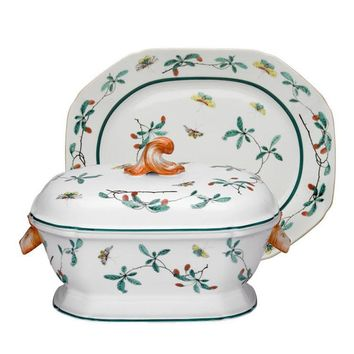 Mottahedeh Famille Verte |  Tureen and Stand