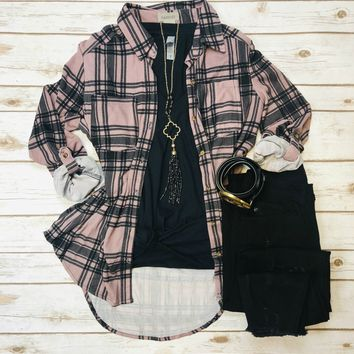 What I like about you Plaid Flannel Top: Dusty Mauve/Black