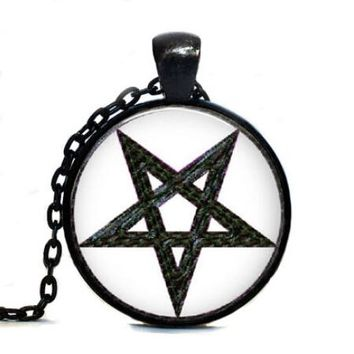 2017 New Trendy Pentagram Wicca Pendant Necklace Round Wiccan Jewelry Occult Link Chains Glass Cabochon Pendants Necklaces