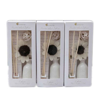 Aromatherapy Oils Suit Sandalwood Incense Household Toilet Room Perfume Dried Flowers Rattan Bottle Suit Plant home decoration