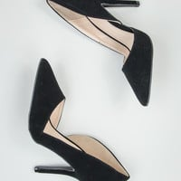 Faux Suede Pumps in Black