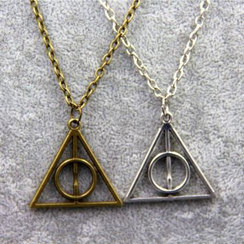 Fashion Jewelry Triangle Deathly Hallows Geometric Pendant Necklace -171206