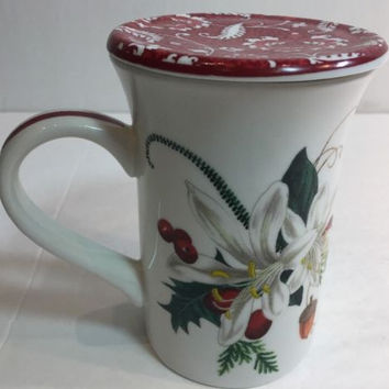 Barnes & Noble Fringe Porcelain Lidded Tea Cup Christmas Holly Floral White Mug