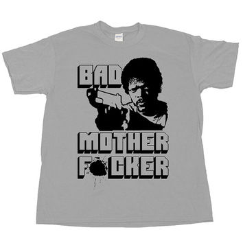 PULP FICTION 2 Bad Mother MOFO Wallet Scene Samuel L Jackson Jules Winnfield Badass Quentin Tarantino Movies Film T Shirt Tee Tshirt Poster
