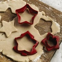 Tupperware | Holiday Cookie Cutters