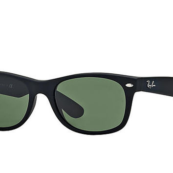 Look who's looking at this new Ray-Ban New Wayfarer Classic
