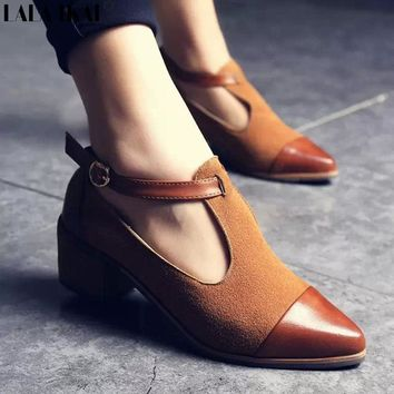 LALA IKAI British Style Women Low Heel Pumps Shoes Cut-Outs Imitate PU Retro Wood Square Heel Oxford Shoes For Ladies 040C0495-0