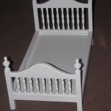 Spindle Doll Beds for American Dolls and 18in dolls