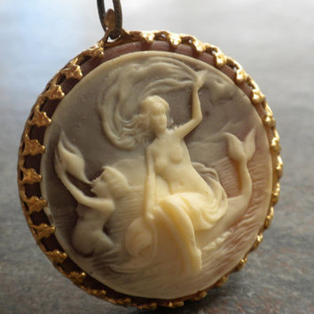 Sea Goddess Mermaid Cameo Necklace by Serrelynda on Etsy