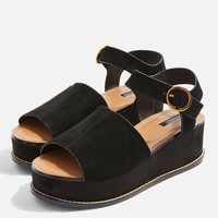 Wow Platform Wedge Sandals