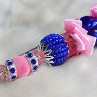 Fashion hand-decorated safety pin to adorn Hats and Jackets, close Cardigan and Scarves - Color Blue and Pink