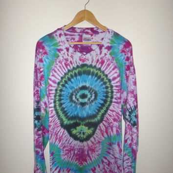New Year Sale Vintage Alein TIE DYE Long Sleeve Shirt 1990s Horror Inverted Rainbow Spiral RARE
