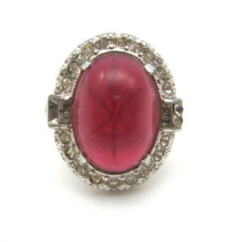 Vintage Art Deco Ring - Pink Glass Star Sapphire