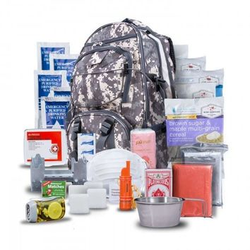 Wise 5 Day Emergency Survival First Aid Kit with Food & Water for One Person (Camo)