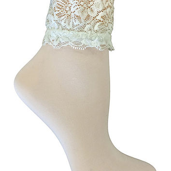 BETSEY BLUE LACE TOP SHORTIE WHITE