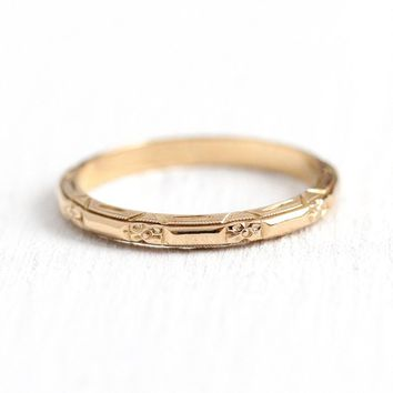 Vintage Flower Band - 14k Rosy Yellow Gold Floral Wedding Ring - 1930s Art Deco Size 6 1/2 Eternity Bridal Orange Blossom Fine Jewelry
