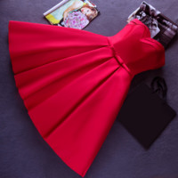 The new  red Strapless evening dress dress dress party short slim wedding dress homecoming dress