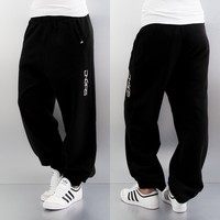 Dangerous DNGRS Soft Dream Leila Ladys Logo Sweat Pants Black/White von Def-Shop.com