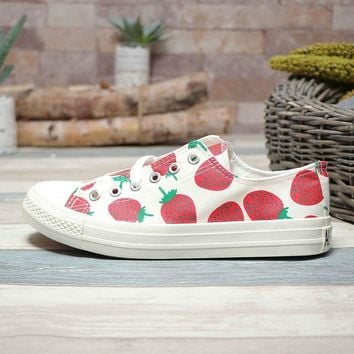 Converse Sport Chuck Taylor 70s Low Top Strawberry Print - Best Deal Online
