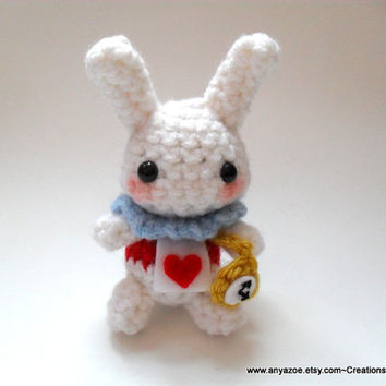 White Rabbit Amigurumi by AnyaZoe on Etsy