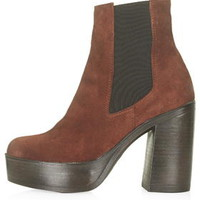 HOLLY '70s Chunky Ankle Boots - Tan