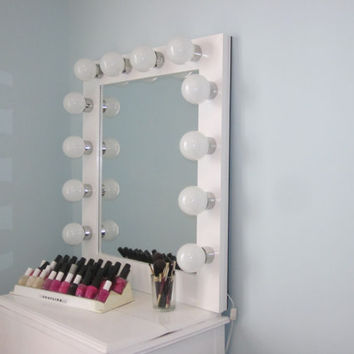Elegant Hollywood Style Lighted Vanity Mirror (Slim Edition) w/Convenient ON/OFF Switch