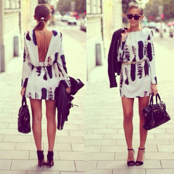 Scoop Backless Print Long Sleeve Short Dress