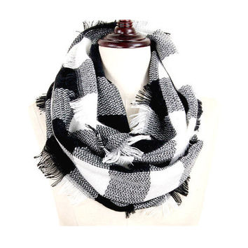 Womens Black & White Buffalo Plaid Woven Infinity Scarf with Frayed Edges