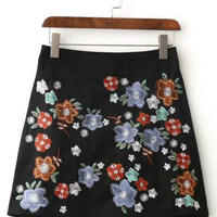 2016 Autumn/Winter Floral Embroidery Black High Waist Skirt for Women