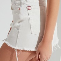 BDG Girlfriend High-Rise Distressed Denim Short – White | Urban Outfitters