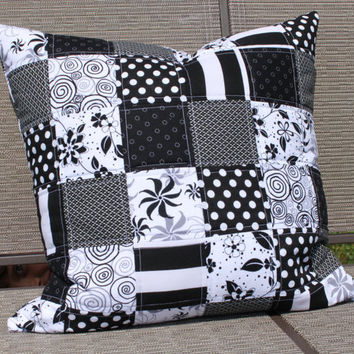 Black and White Quilted Pillow Cover Modern Patchwork Cushion Zipper Closure