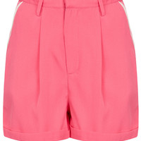 Contrast Heart Pocket Shorts - Shorts - Clothing - Topshop