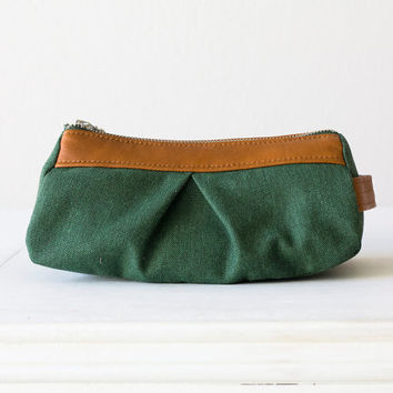 Cosmetic case   makeup bag in green cotton canvas and by milloo