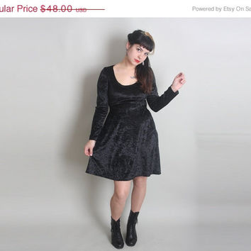40% off sale: 90s CRUSHED Velvet Mini Dress - Vintage Fit and Flare WITCHY Dress - xs / s